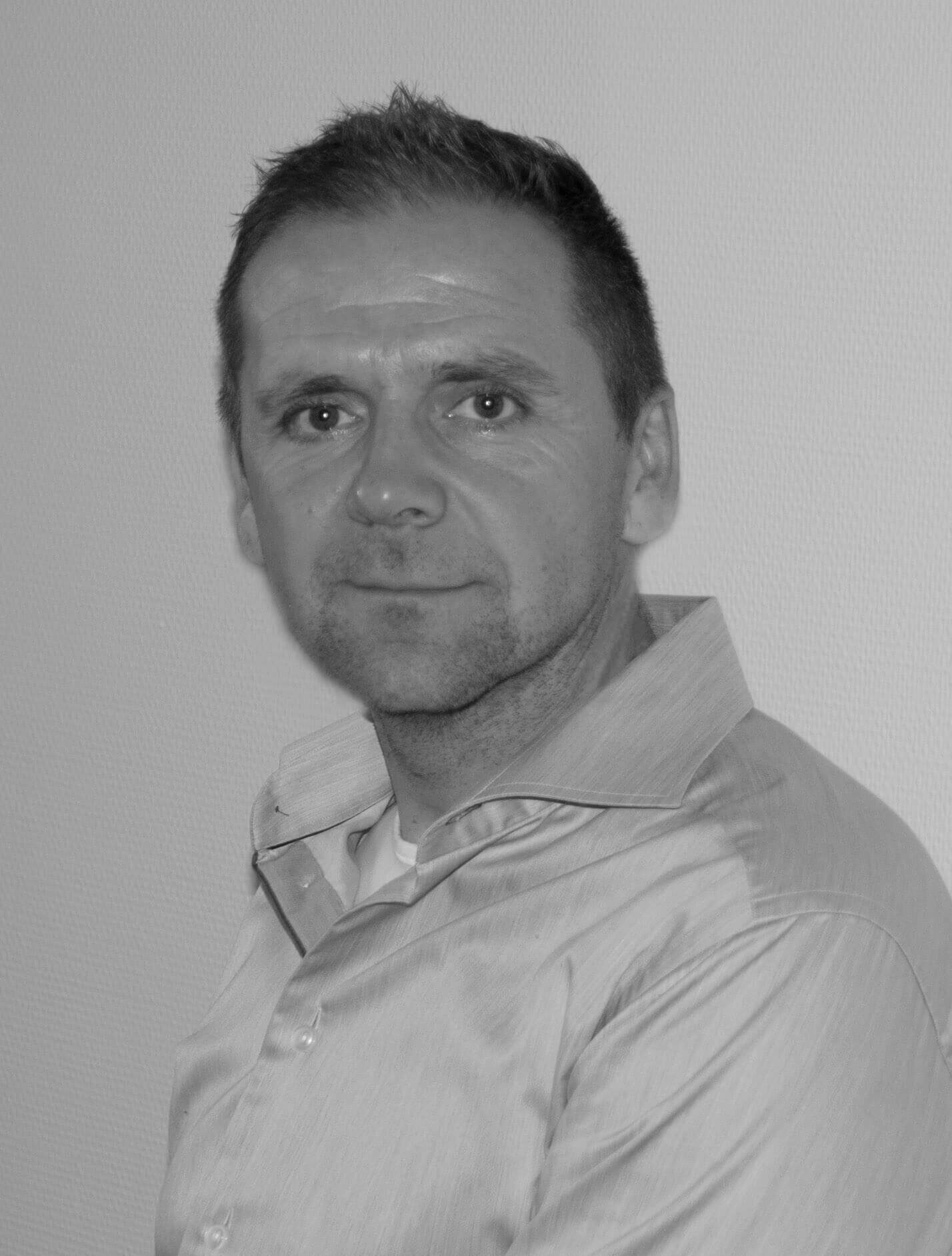 Lars Lidegaard - Priess Steel
